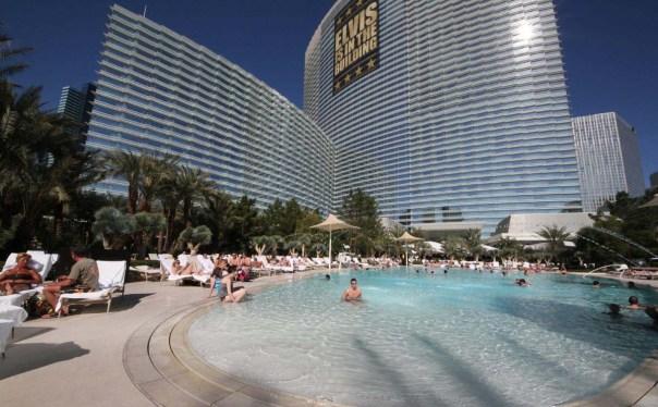 aria-hotel-pool-las-vegas