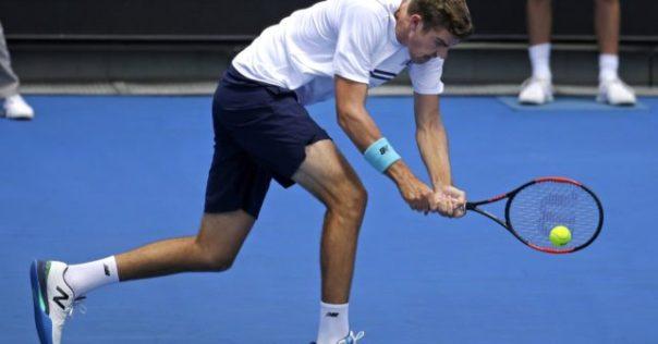 opelka-tennis-racquet-642x336